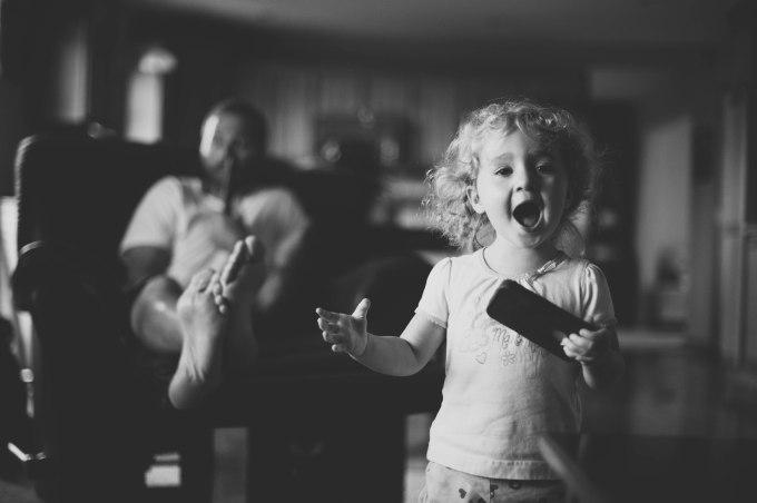 kid-singing